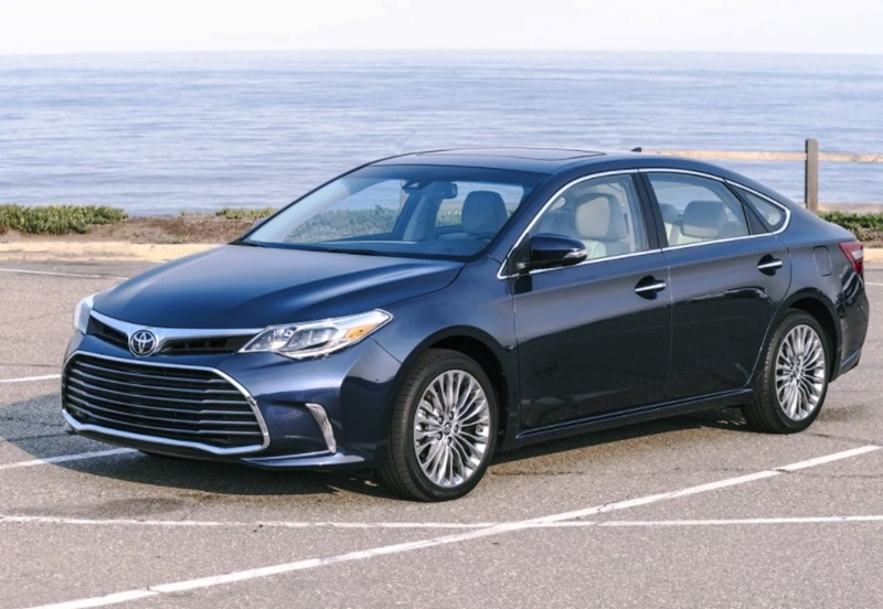 2018 Toyota Avalon Xle Plus, Limited and Price