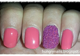 http://hungrynails.blogspot.de/2013/08/caviar-nagel-pretty-in-pink-oder-so.html