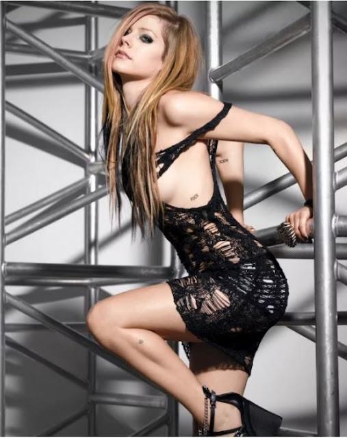 Avril Lavigne, la chica ruda del pop hoy cumple 33 años
