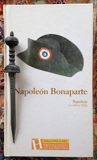 Portada del libro Napoleón Bonaparte, de Geoffrey Ellis