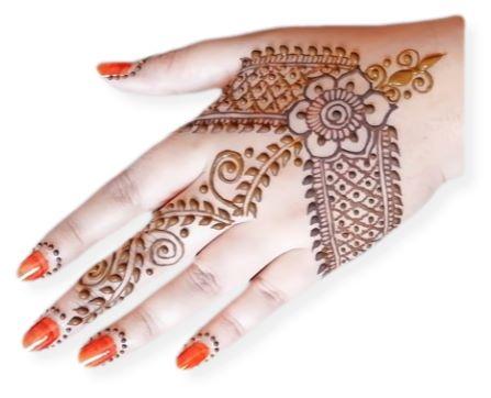Elegant Arabic Mehndi