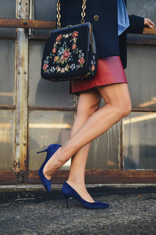 Navy heels street style