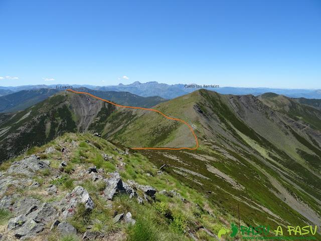 Ruta al Tres Concejos y Estorbin: Camino al Pico el Cuadro