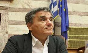 sto-eurogroup-ths-8hs-oktwbriou-apofasizetai-h-ektamieush-twn-2-8-dis-eurw-leei-o-tsakalwtos