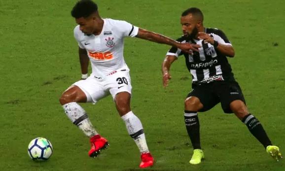 Corinthians vence Ceará por 3 a 1