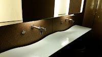 lavabo de acceso público