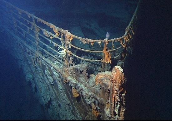 Resultado de imagem para titanic no fundo do mar