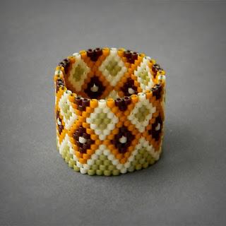 Купить украшения ручной работы из бисера кольца плетеные