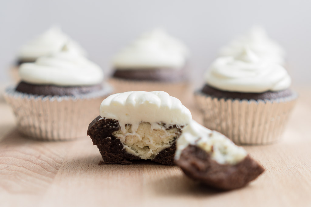 Brownie and white chocolate cheesecake cupcake | in happenstance
