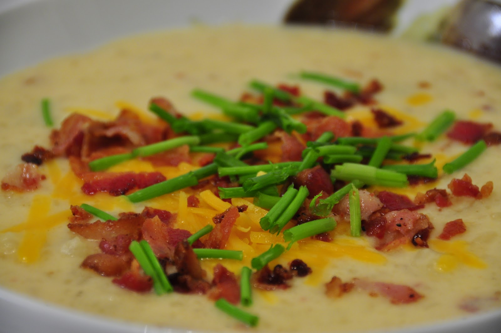 Mama Loves Food!: Baked Potato Soup Slow Cooker Style