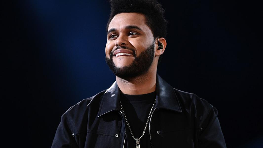Além de The Weeknd e Daft Punk, a premiação também confirmou as performances de artistas como Alicia Keys e Dave Grohl.