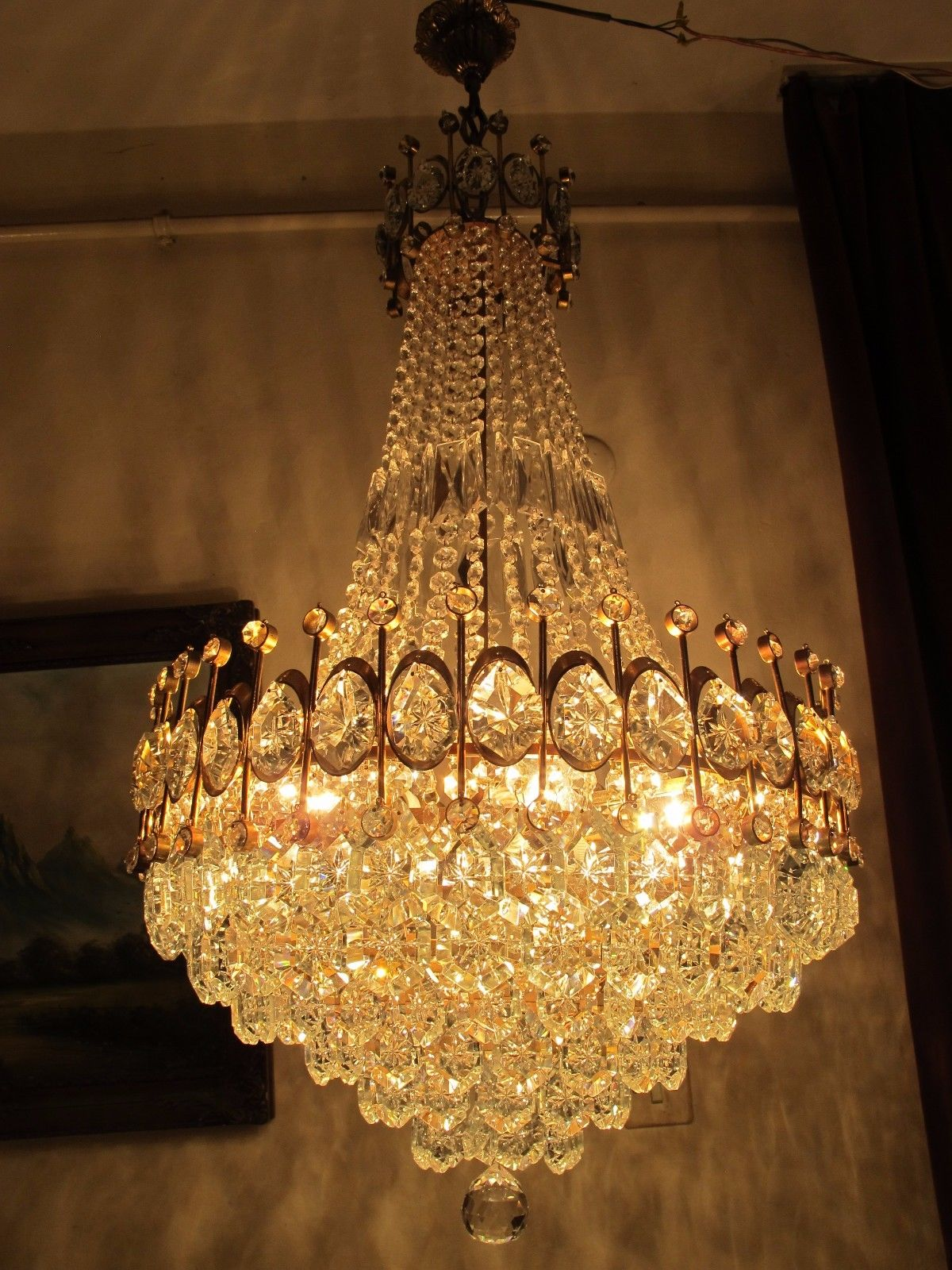 A crystal chandelier does not make any luxury yet