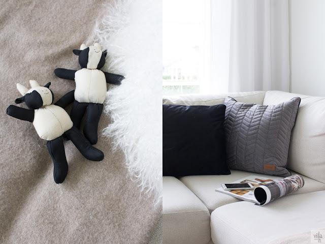 mustavalkoiset koiran lelut