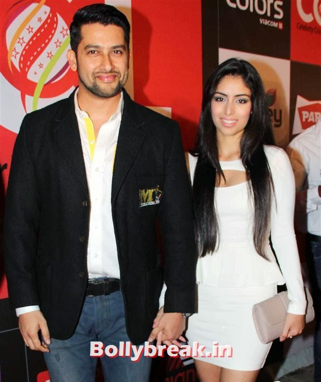 Aftab Shivdasani and Nina Dusanj, Hot Celebs Grace the Celebrity Cricket League 4 Press Meet
