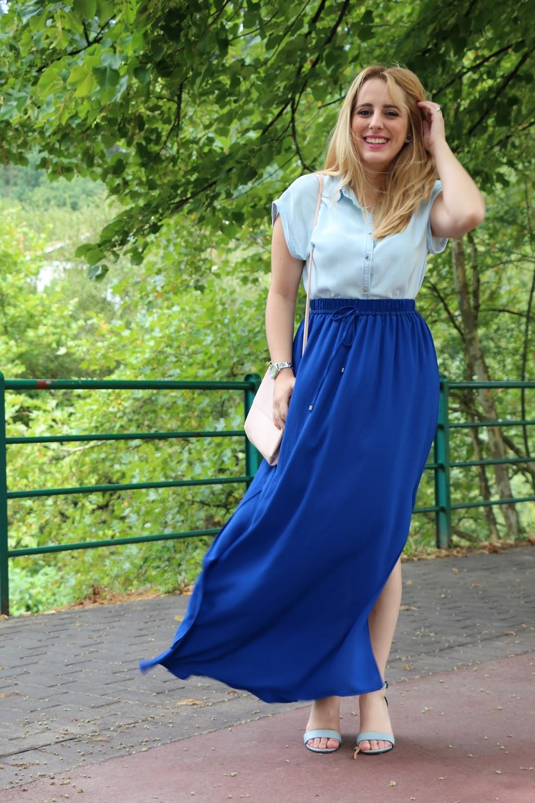 6872943bcc La verdad es que ya habéis podido ver que me encanta usar faldas largas en  verano