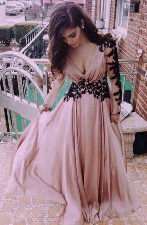 Long Beautiful Prom Gowns #Dresses #PromGown