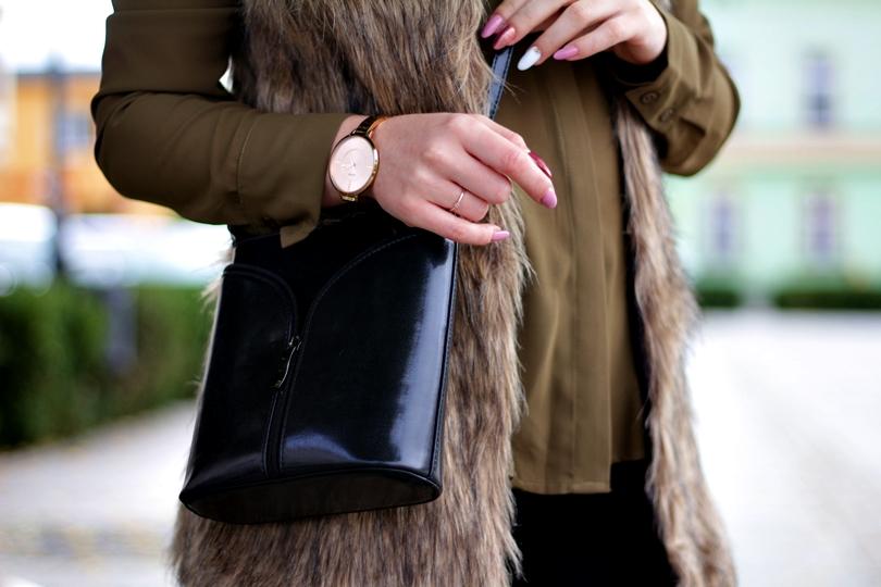 vest faux, kamizelka, futerko, botki z frędzlami, lorus, zegarek, timex, time, fashion, khaki, koszula, jesienny, set, botki na szpilce, zamszowe botki, legginsy hm, bonprix,