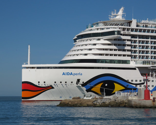 Cruise ship AIDAperla, IMO 9636967, Port of Livorno