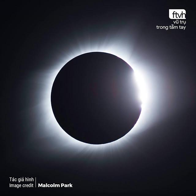 'Chiếc nhẫn kim cương' trên bầu trời Hoa Kỳ. Hình ảnh: Malcolm Park.
