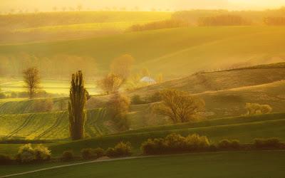 من أجمل الأماكن الطبيعية بالعالم :- منطقة مورافيا التشيكية 0_8535c_b9da58d7_ori