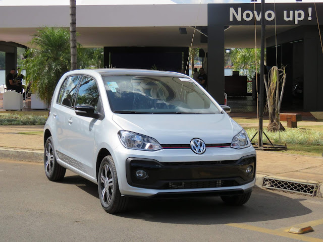 Volkswagen up! 2018 - Pontão do Lago Sul