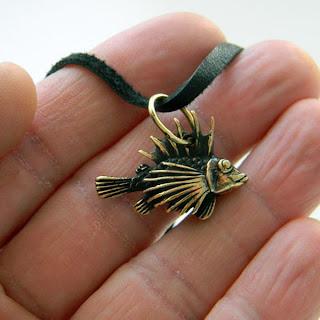купить подарок рыбаку подвеску рыбу ерш россия глюкоморье
