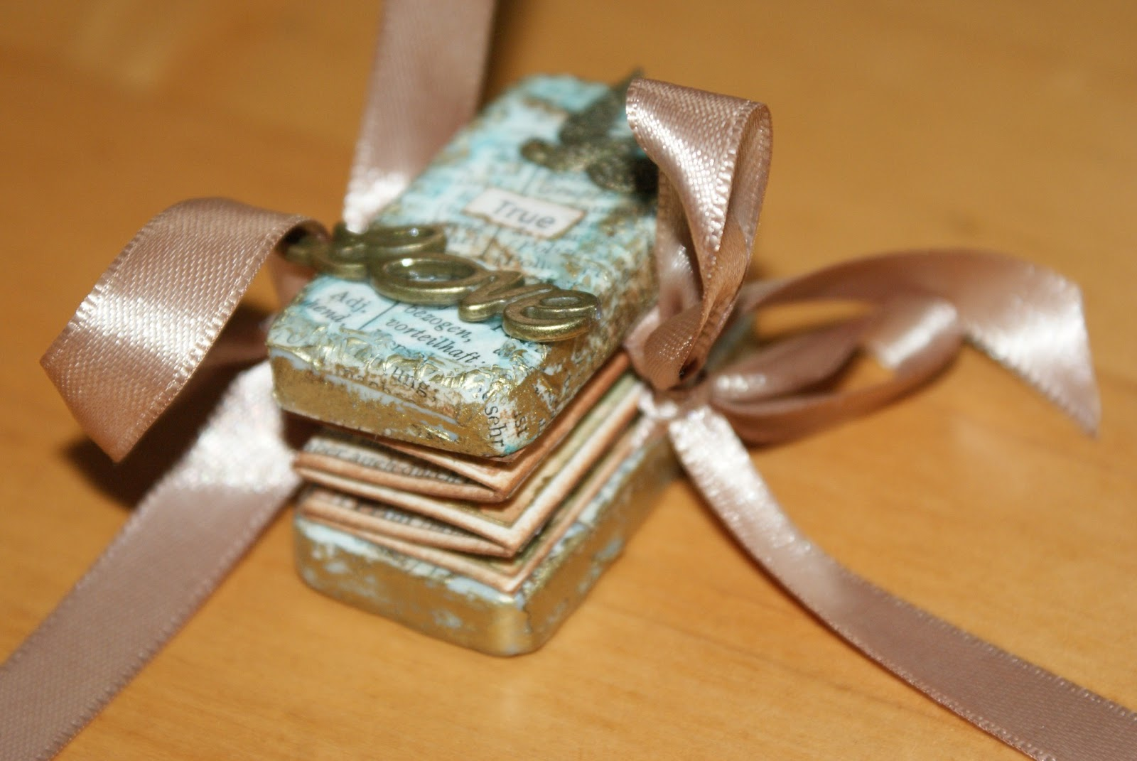 vampirschmetterlings basteleck valentinstags geschenk. Black Bedroom Furniture Sets. Home Design Ideas