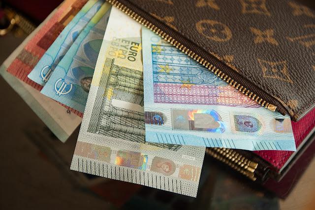 """Συντάξεις στρατιωτικών; Ποιοι γλιτώνουν τον """"κόφτη"""" των 2000 ευρώ"""