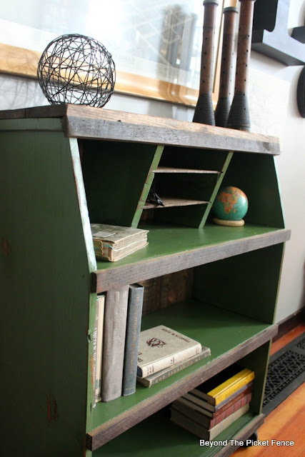roadside bookshelf gets a rustic makeover