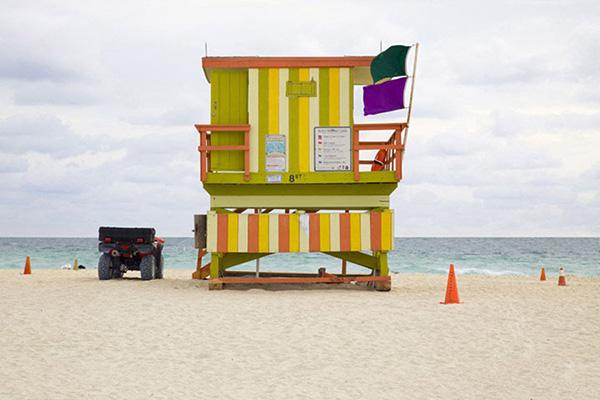 Miami houses par Léo Caillard