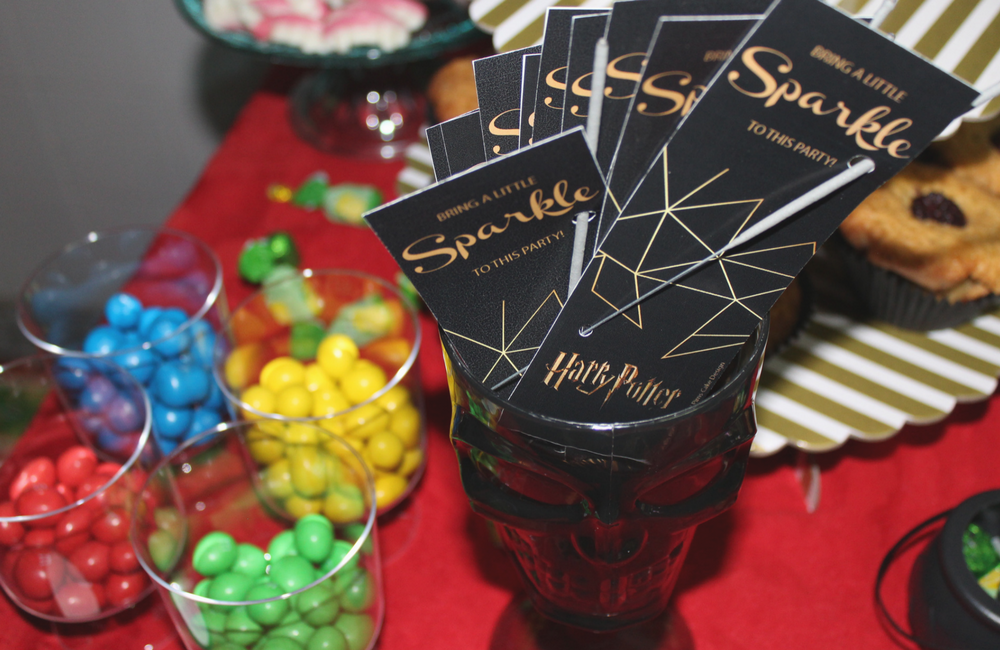 Harry Potter birthday party + pims cake design + glood+ party and bite +festa de aniversário + 25 anos + blogue de casal + lifestyle + Harry Potter + decoração Harry Potter + wc hp + comida harry potter + decor + blogue ela e ele + ele e ela