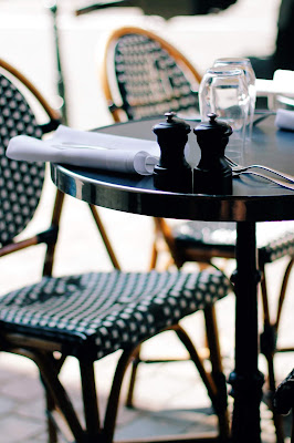 Parisian bistro style chairs at Selecto bistonomie restaurant in Brussel