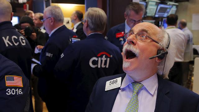 """EE.UU.: Dow Jones se desploma 300 puntos siguiendo el descalabro del """"Brexit"""""""