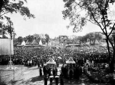 Foto Lapangan alun alun Kota Pekalongan Jaman Dulu