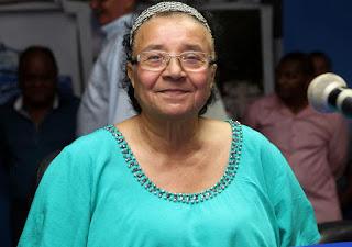 ALAGOINHAS: Vice-prefeita discute programação para o Março Mulher com moradoras do Catuzinho