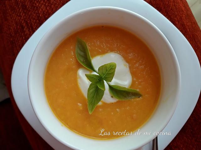 Crema de zanahoria, jengibre, naranja y yogur