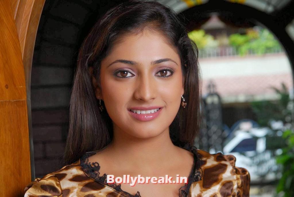 , Haripriya Hot Images in Superamaniya Sasthri Movie
