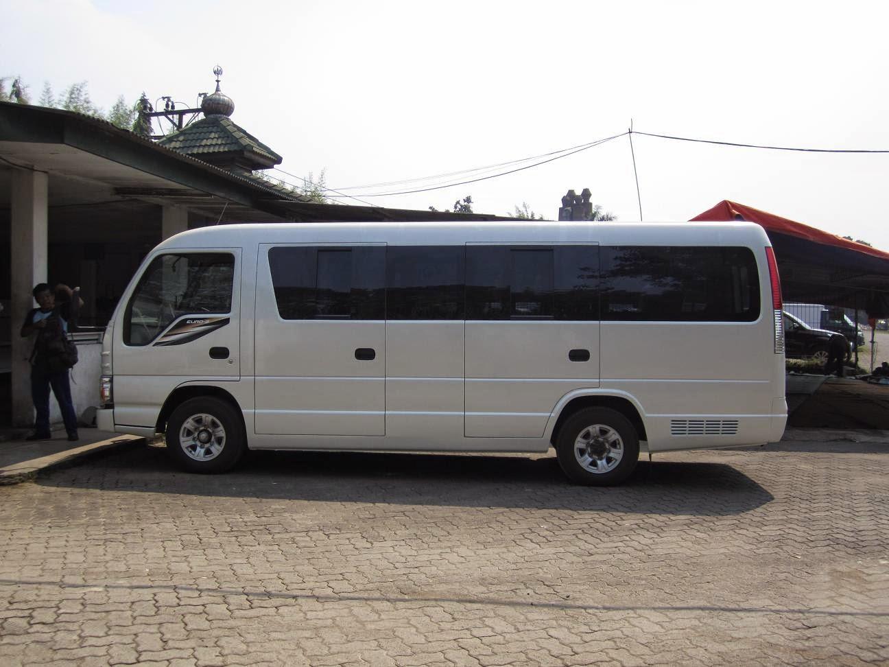 hire minibus elf in bali