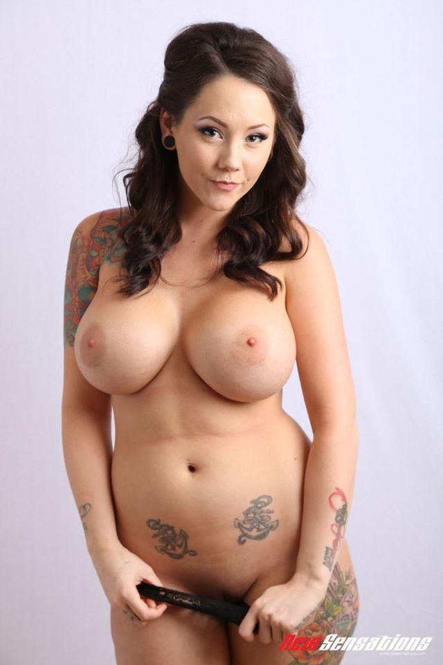 ashley pierce naked pics