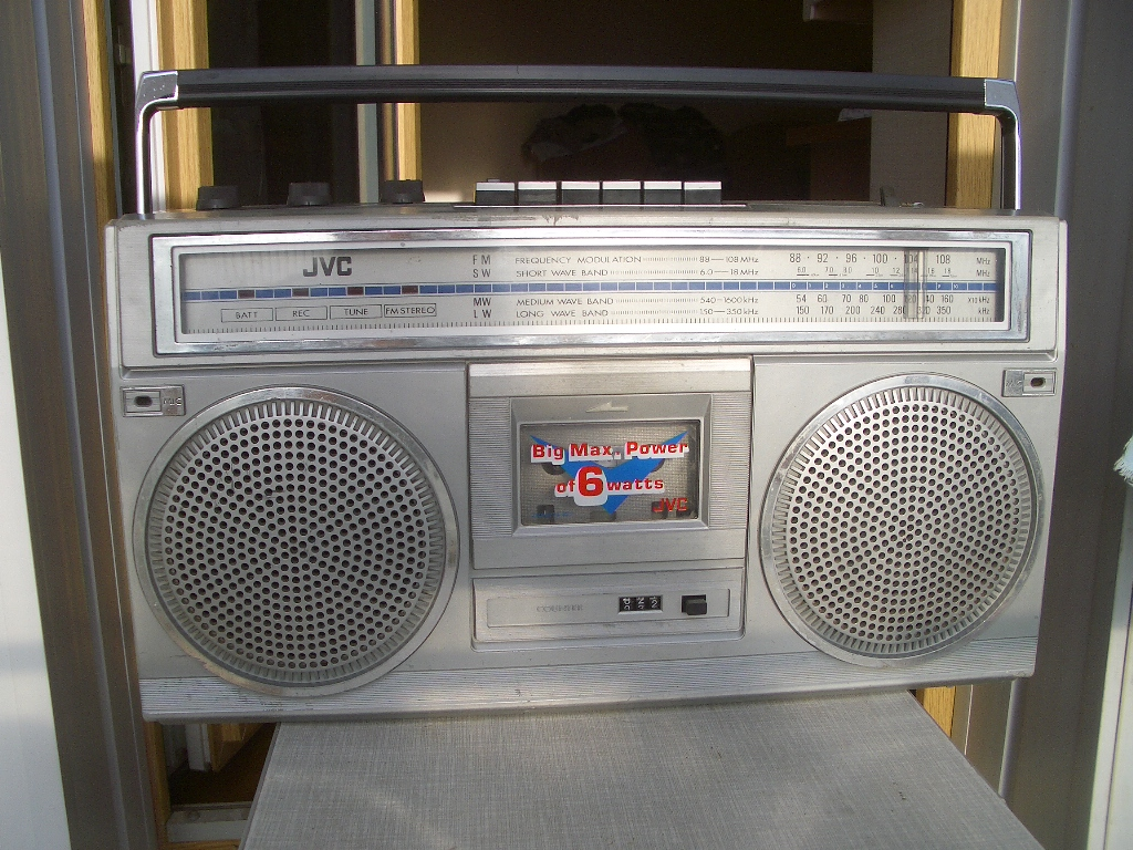 МАГНИТОЛиЯ - бумбоксы, магнитофоны и магнитолы!: JVC RC-555L