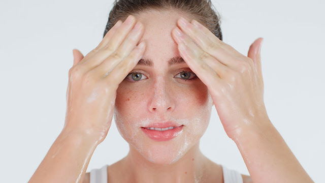 ماذا افعل بعد تقشير الوجه