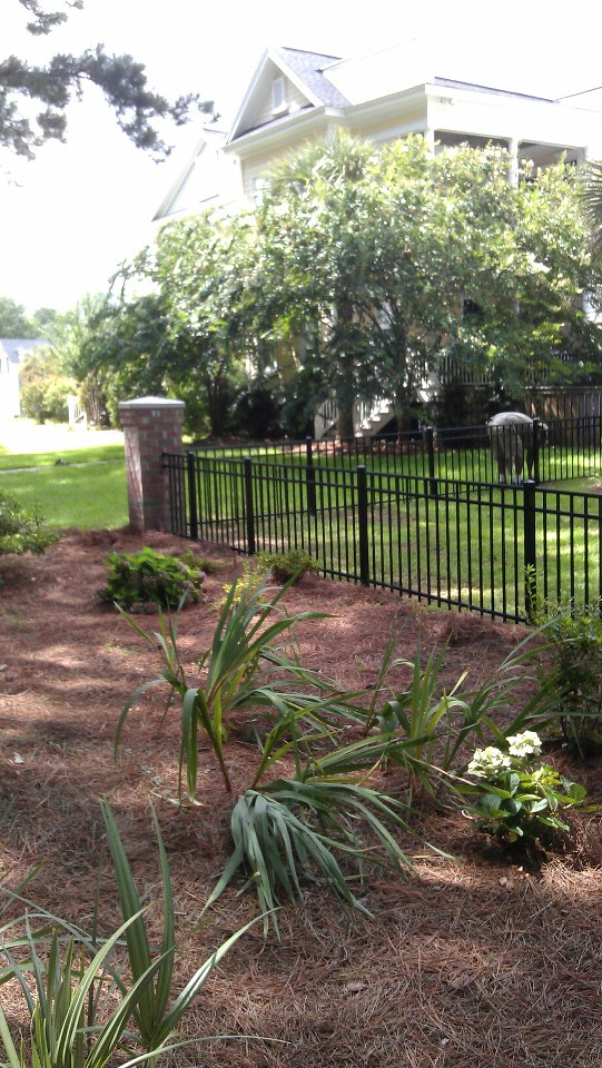 Town Amp Country Fences Llc Brick Columns Amp Alumi Guard