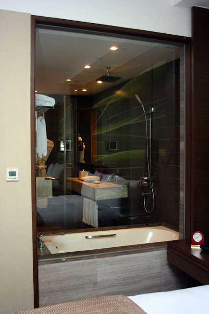 Marco Polo Ortigas Manila Bathroom