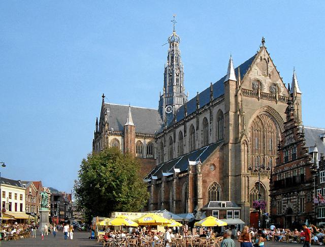 Igrejas em Haarlem na Holanda