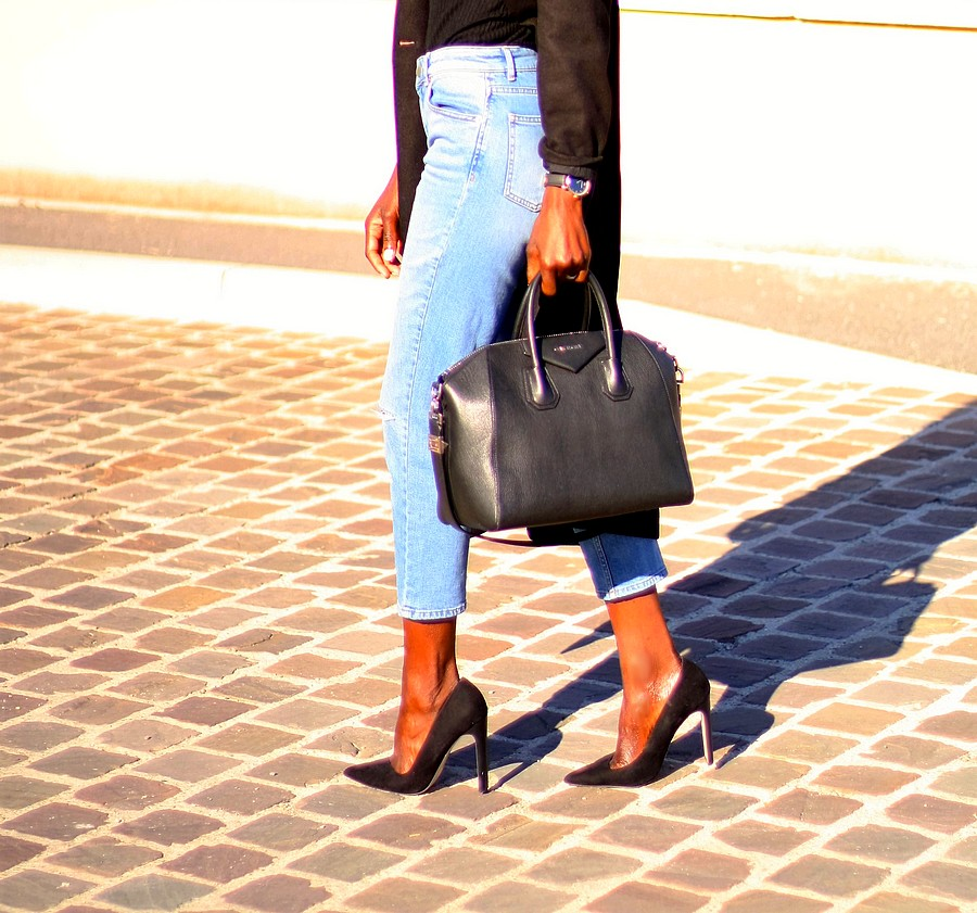 mom-jeans-sac-givenchy-antigona-escarpins-asos-manteau-long