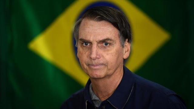 HRW llama a proteger la democracia en Brasil tras ganar Bolsonaro