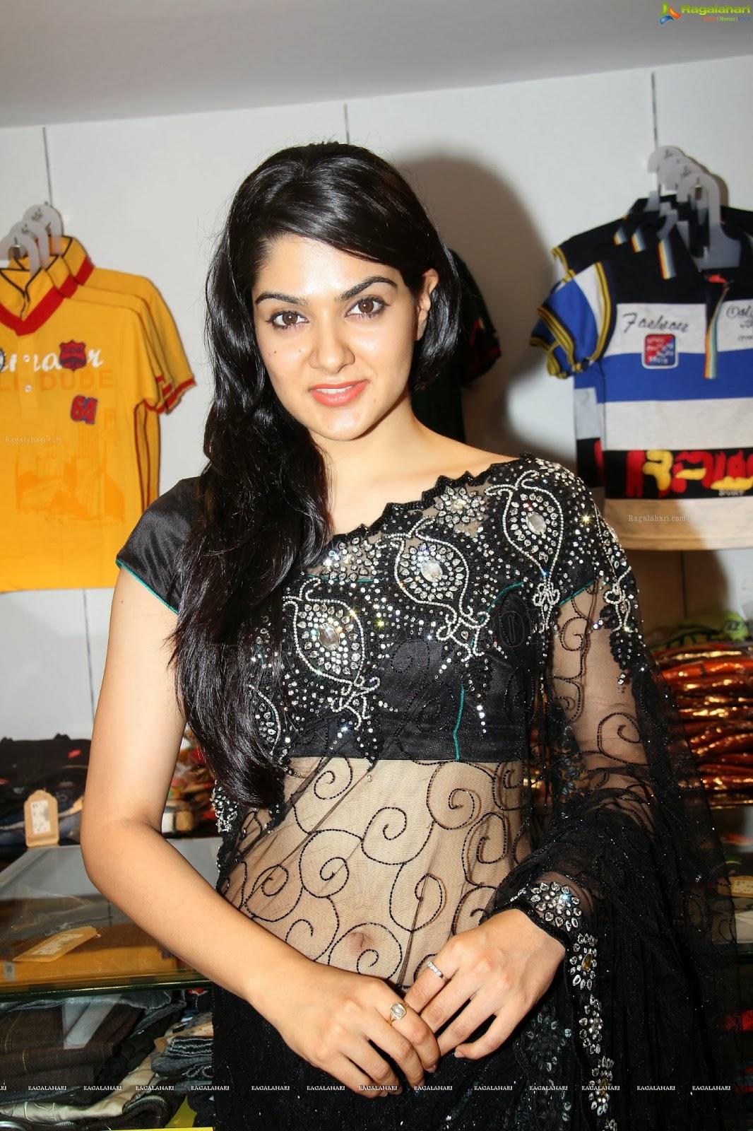 sakshi choudhary beautiful in saree