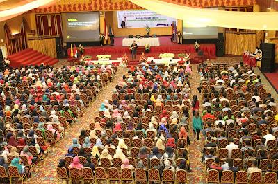 edvan m kautsar, motivator indonesia, motivator terbaik indonesia, motivator termuda, training motivasi padang, pelatihan mahasiswa padang, motivasi padang, motivator padang, motivator islami, r Muda, motivator nasional, motivator perbankan, training motivasi, upi yptk padang, Motivato