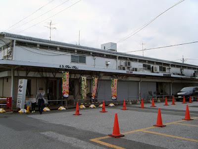 松戸南部市場フリマ開催中に営業中のお店