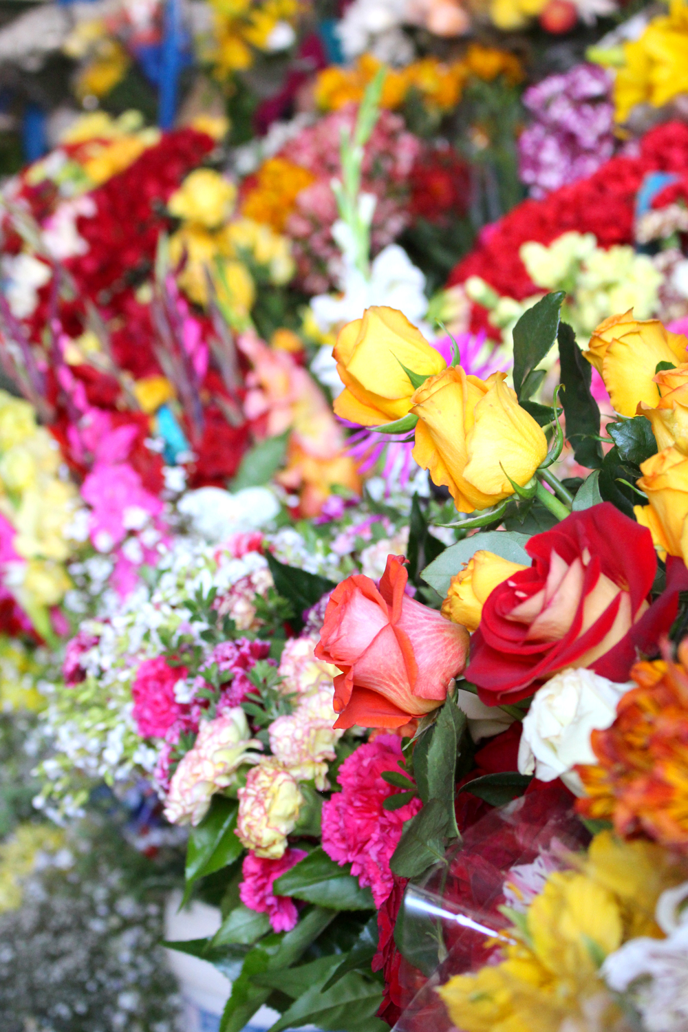 Flowers at Cusco market, Peru - lifestyle & travel blog